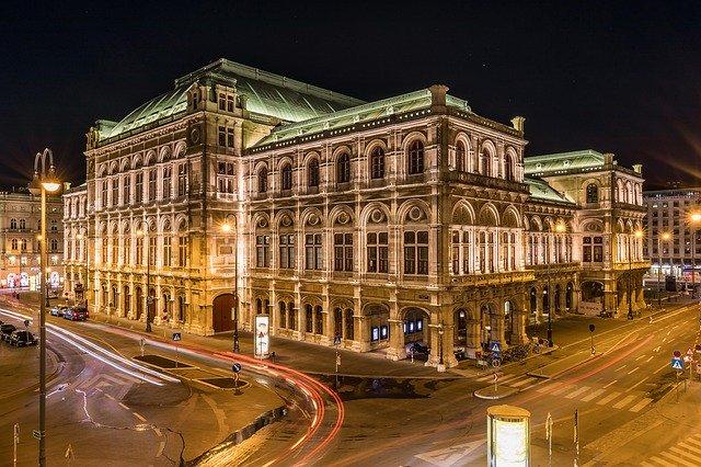 Abbildung von Wien bei Nacht